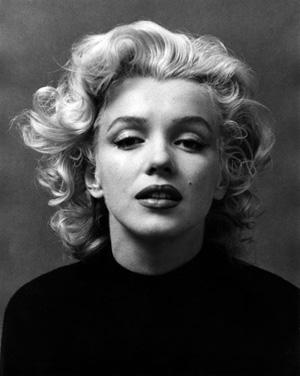 'Marilyn' Curls