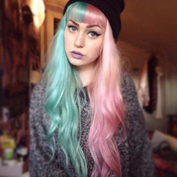 Split-Dyed Hair