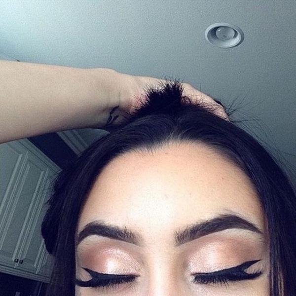 eyebrow,color,face,hair,nose,