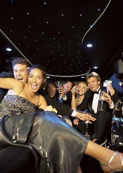 audience,fashion,stage,nightclub,
