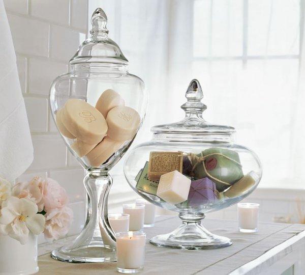 glass, wine glass, centrepiece, lighting, stemware,