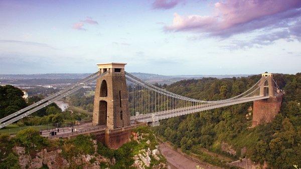 A Walk to Clifton Suspension Bridge