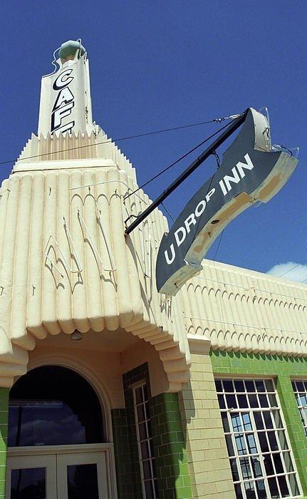 U-Drop Inn, USA