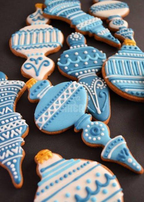 blue,food,dessert,icing,snack food,