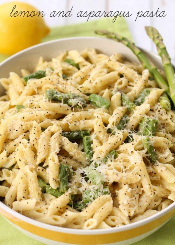 Cheesy Lemon & Asparagus Pasta