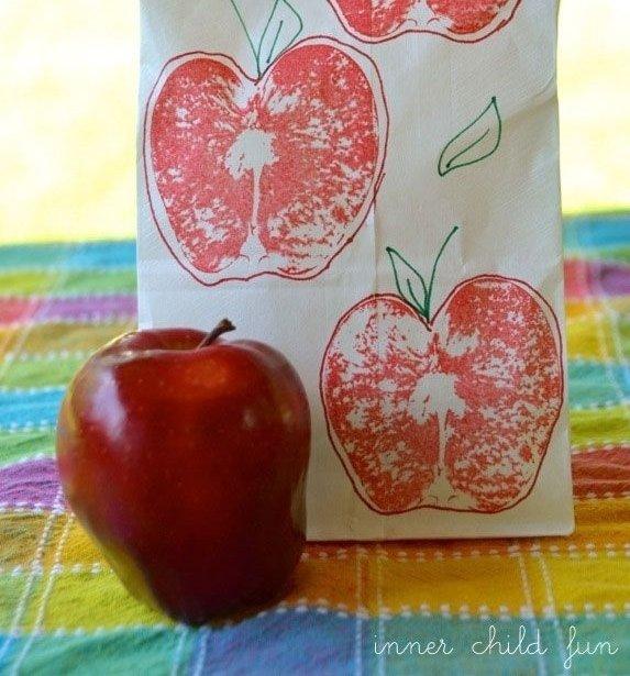 Apple Printed Lunch Bag