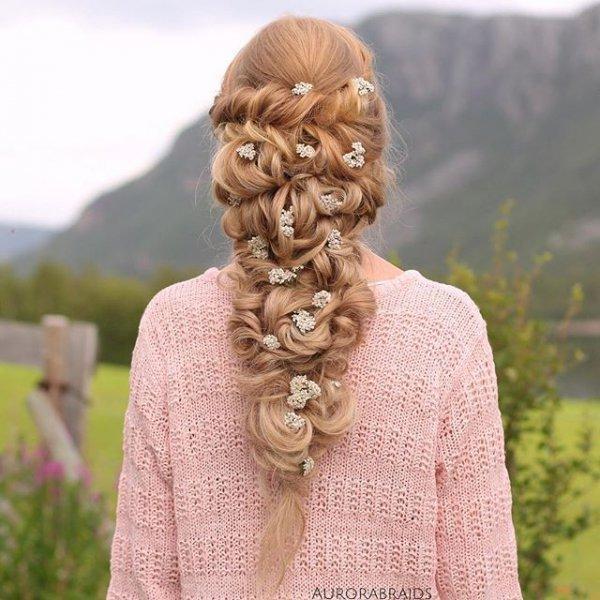 hair, hairstyle, sculpture, head, long hair,