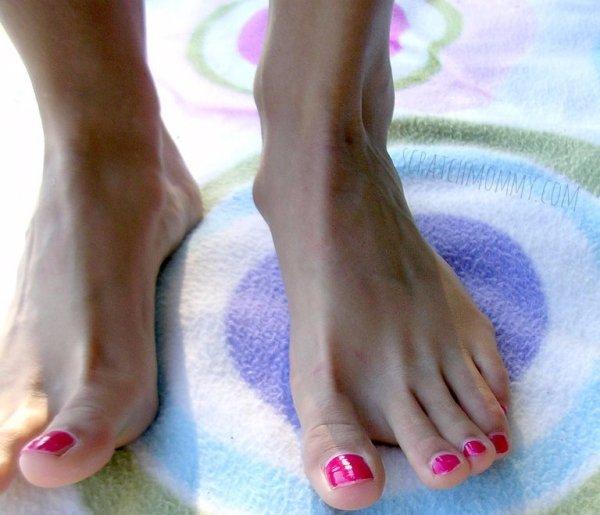 DIY Foot Deodorant Powder Recipe
