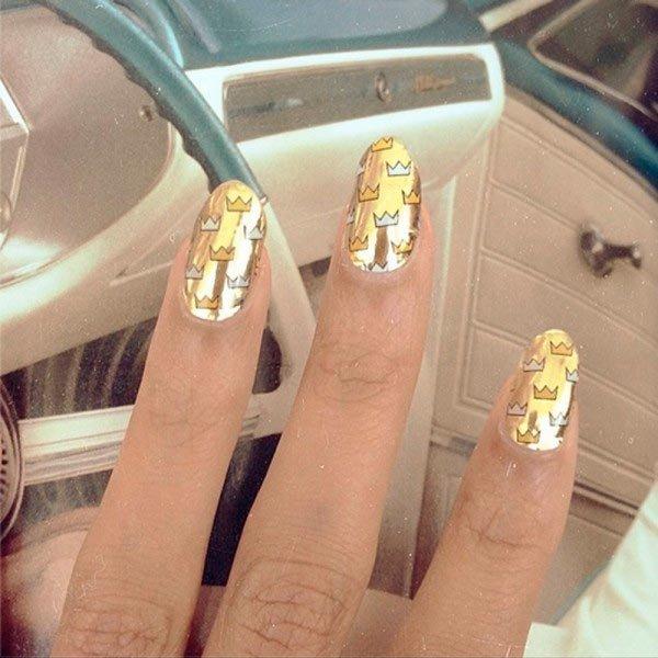 Metallic Gold Crowns