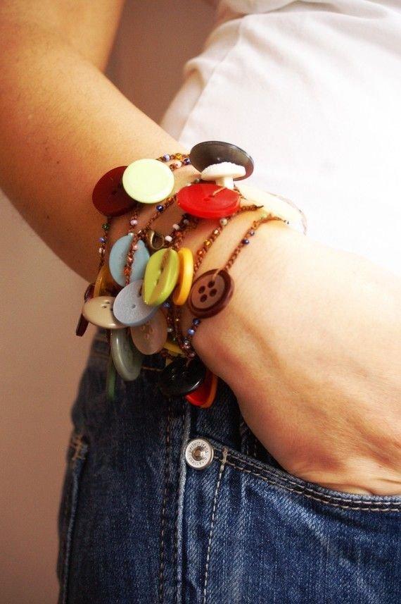 finger,fashion accessory,hand,organ,jewellery,
