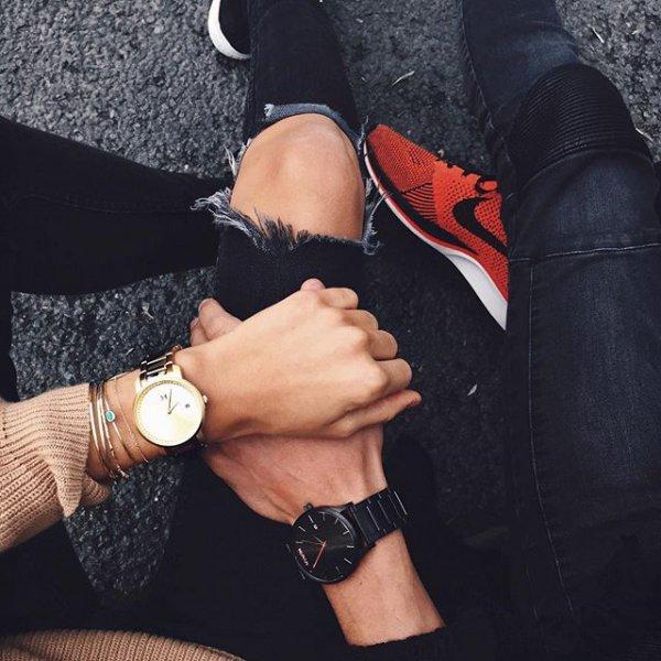 black, footwear, finger, leg, arm,