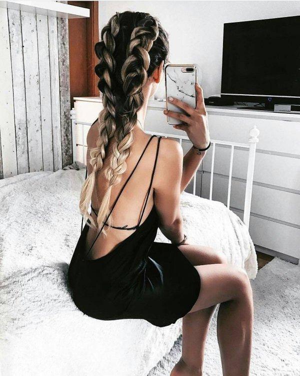 hair, clothing, black hair, lady, hairstyle,