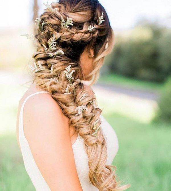 hair, clothing, hairstyle, woman, long hair,