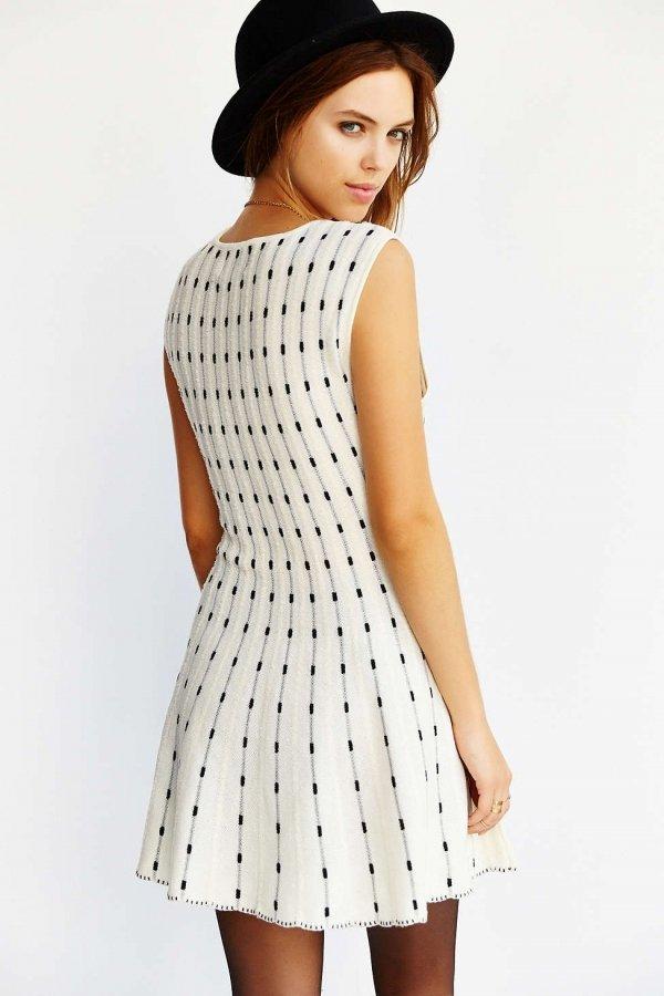 Urban Outfitters JOA Knit Dot Print Dress