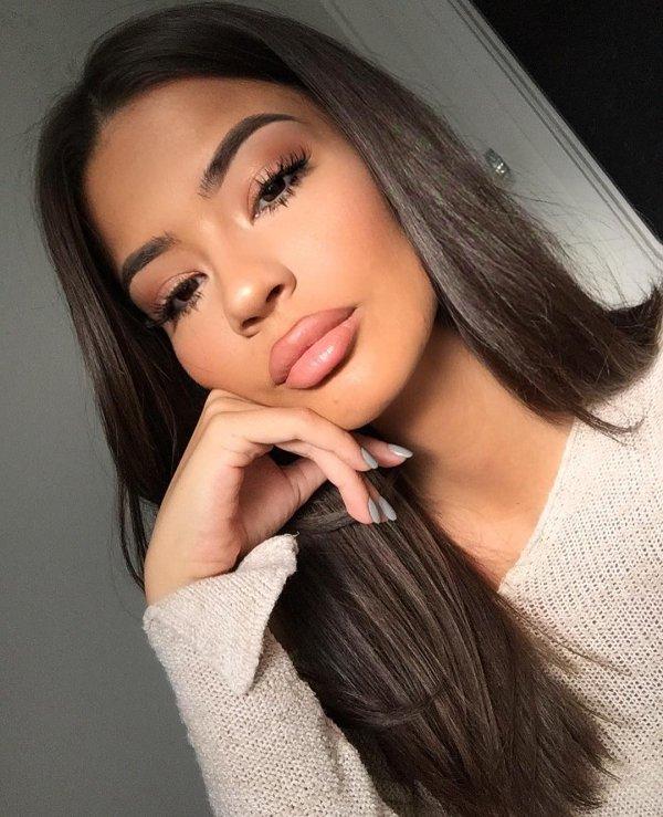 eyebrow, beauty, human hair color, chin, lip,