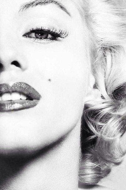 Marilyn Monroe Close up