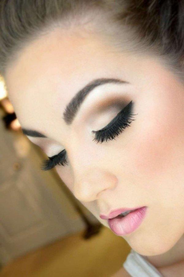 eyebrow,face,color,hair,cheek,
