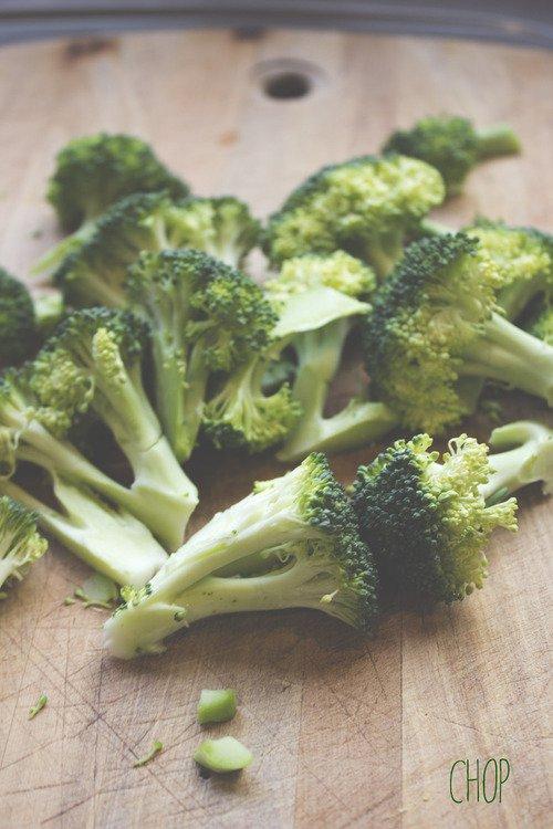 food, vegetable, produce, broccoli, leaf vegetable,
