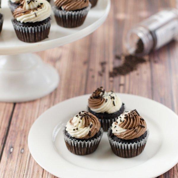 dessert, cupcake, buttercream, icing, food,