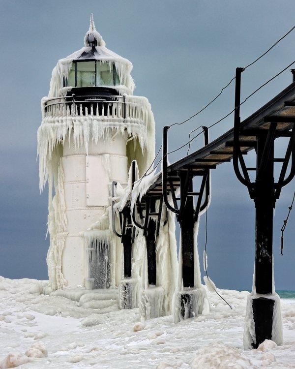 St. Joseph North Pier Lighthouse, St. Joseph, Michigan