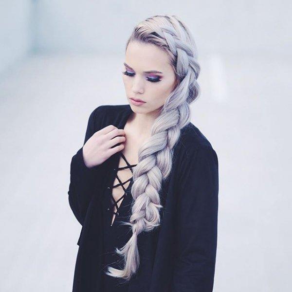 clothing, hair, hairstyle, model, photo shoot,