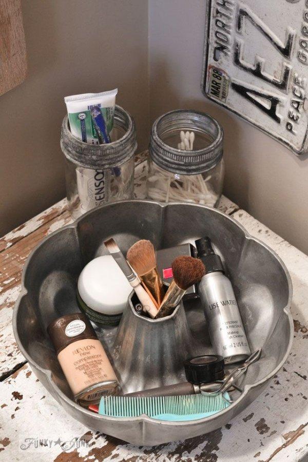 Bathroom/Vanity Storage