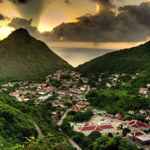 Walk around a Whole Caribbean Island on Saba (a Caribbean Island without Beaches!)