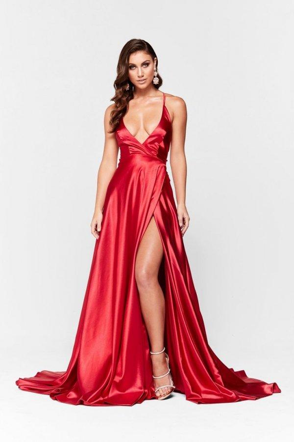 Fashion model, Clothing, Gown, Dress, Shoulder,