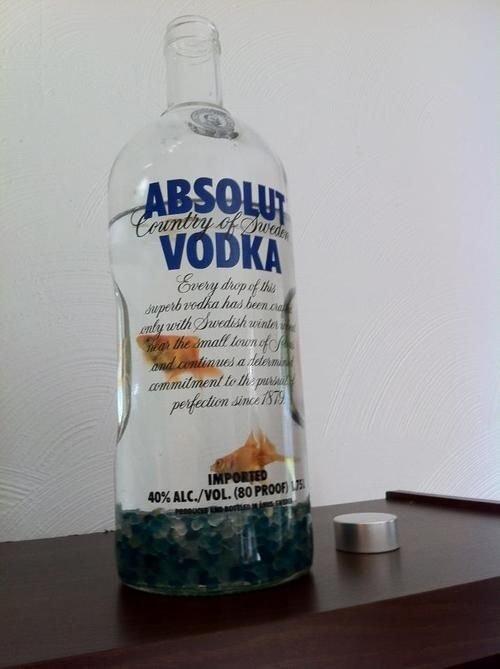 Absolut Vodka,distilled beverage,drink,alcoholic beverage,liqueur,