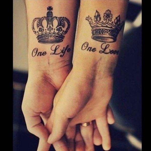 arm, finger, hand, font, leg,