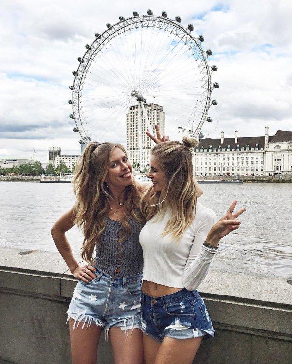 London Eye, clothing, photograph, woman, vacation,