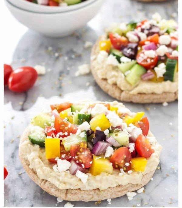 Greek Hummus Pitza