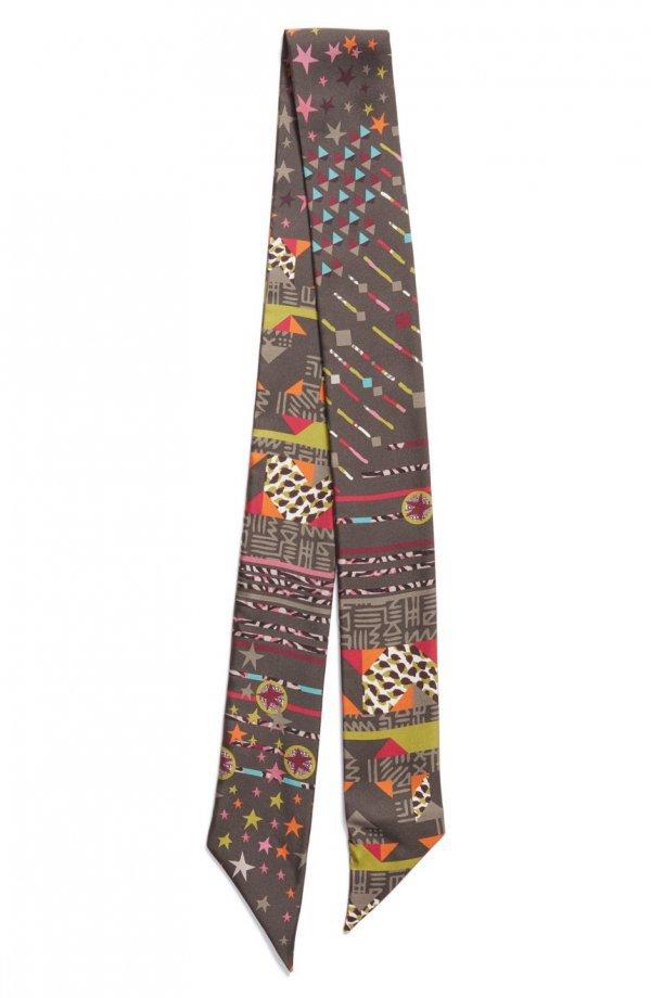 necktie, pattern, trousers, stole,