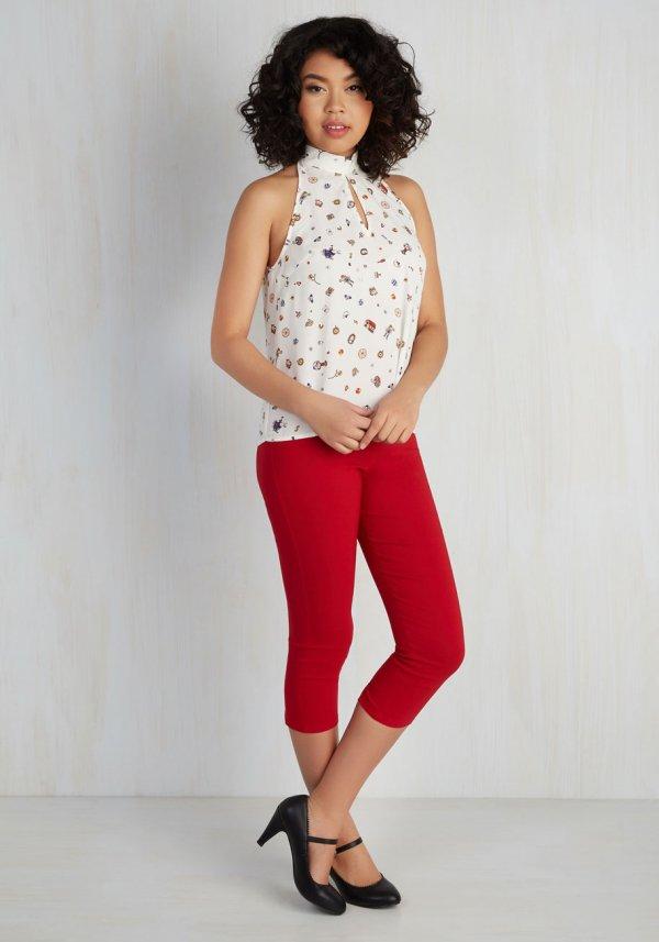 clothing, pattern, footwear, photo shoot, blouse,