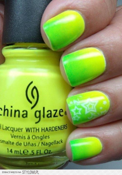 Colores de esmalte de uñas veraniego para la temporada...