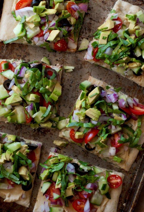 Greek Salad Pitza