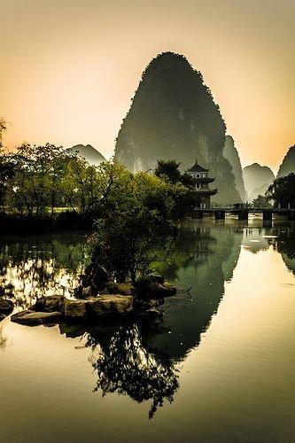 Ming Shi Tian Yuen, Guangxi, China