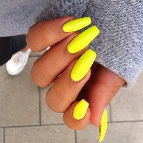 Yellow Finger Nail Hand Leg