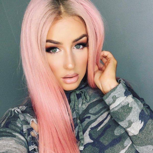 eyebrow, human hair color, blond, forehead, hairstyle,