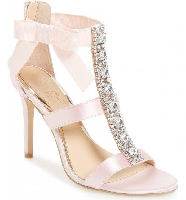 footwear, leg, shoe, high heeled footwear, basic pump,