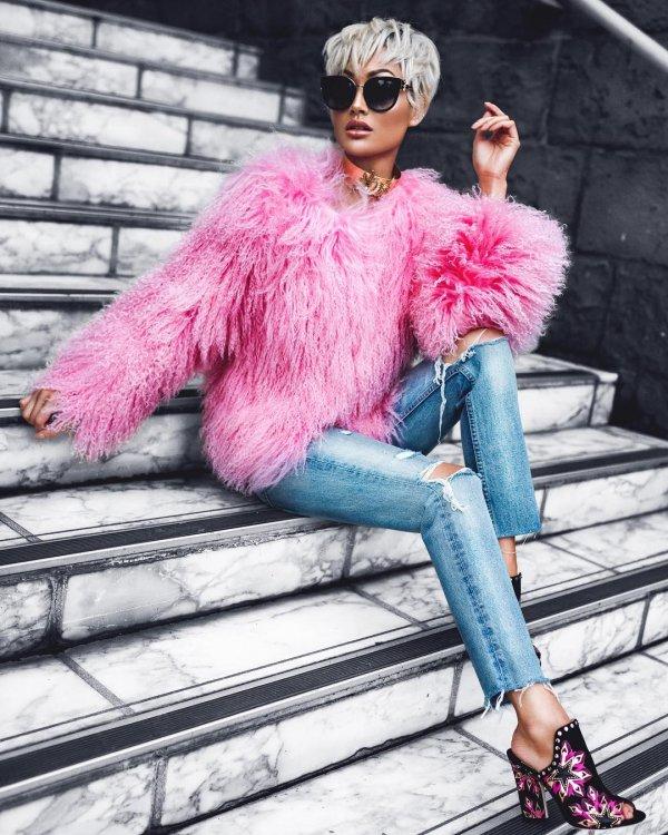 fur clothing, fur, pink, textile, fashion model,