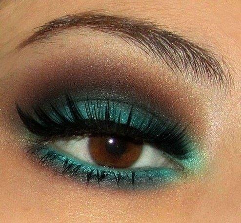 eyebrow,color,eye,face,blue,