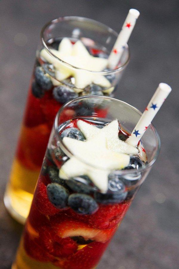 drink, dessert, sundae, non alcoholic beverage, cocktail,