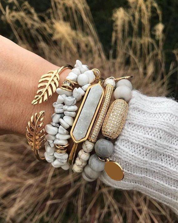 Jewellery, Fashion accessory, Hand, Bracelet, Bangle,