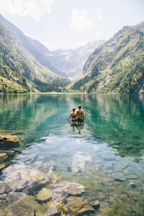 Lac du Lauvitel,mountainous landforms,landform,geographical feature,wilderness,