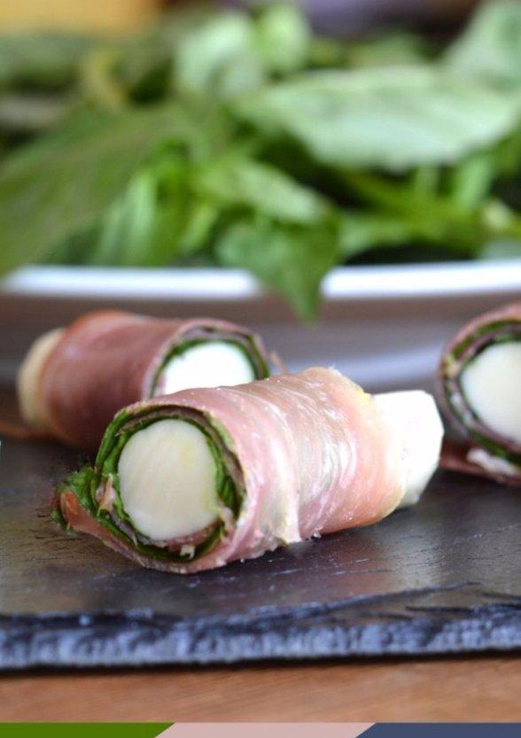 Mozzarella Sticks with Basil and Prosciutto