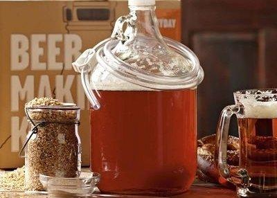 drink,distilled beverage,BEE,