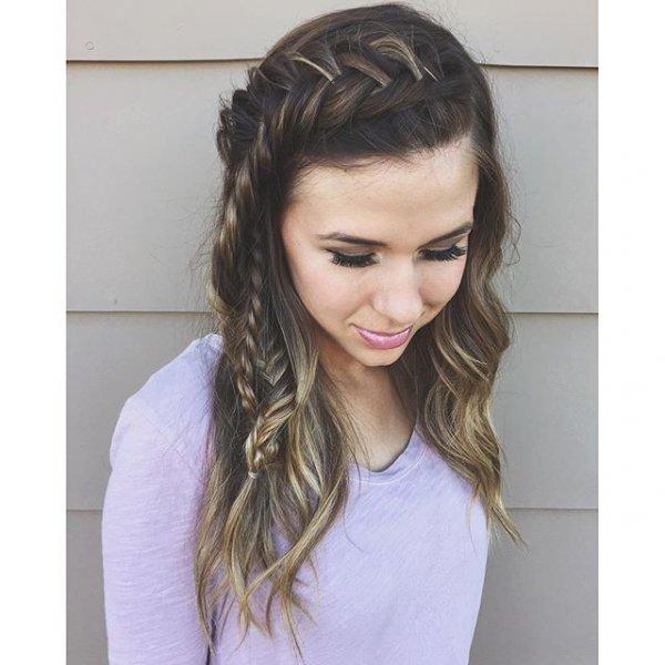 hair, hairstyle, fashion accessory, bangs, forehead,