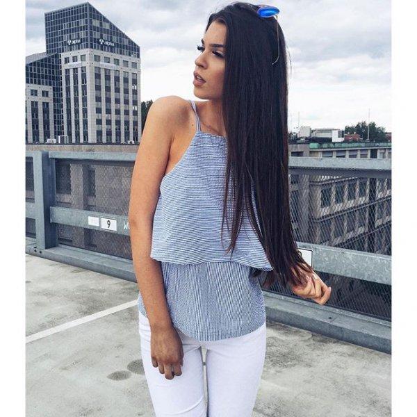 hair, clothing, hairstyle, long hair, outerwear,