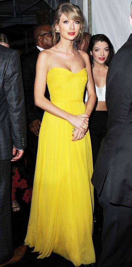 Taylor Swift in Jenny Packham